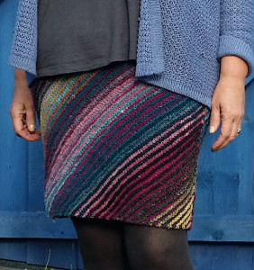 "wollschtig's ""my first knitted skirt"""