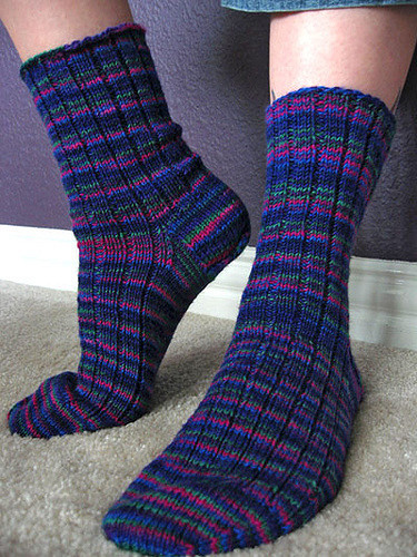 Basic Ribbed Socks